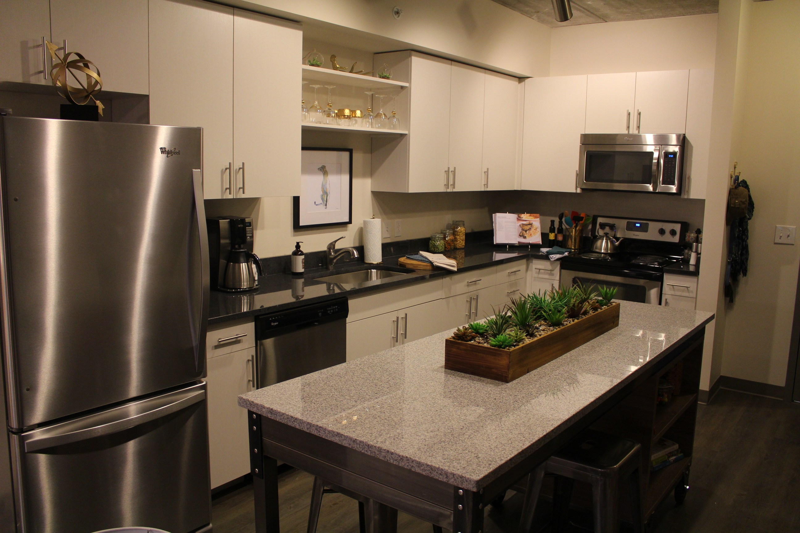 Full Size Kitchens Skyvue Apartments